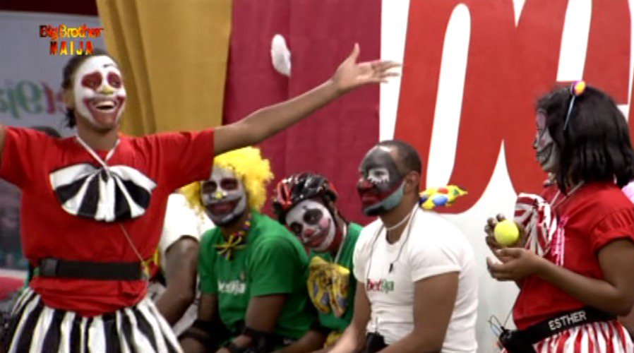#Bet9jaBBN: Jackye And Esther Win Face Painting Task