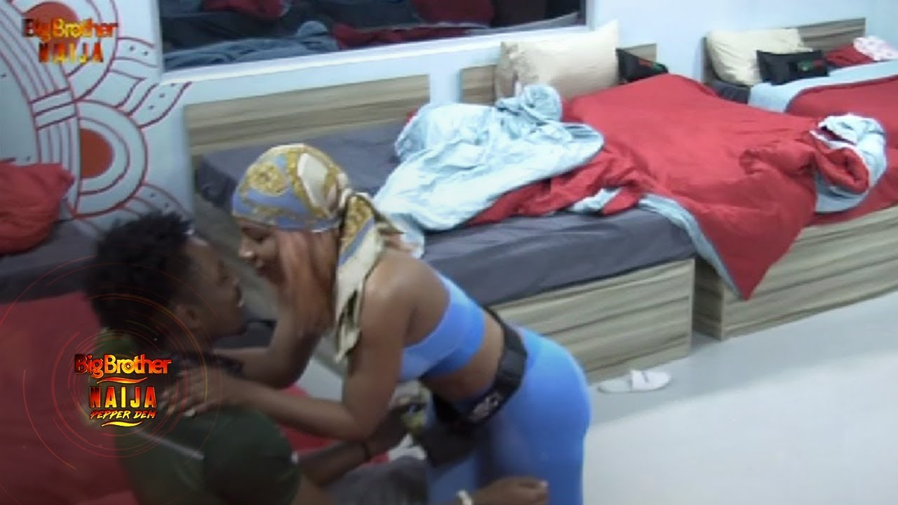 #Bet9jaBBN: Are They Official? Ike Kisses Mercy In Latest Attempt In Making Her His Girl