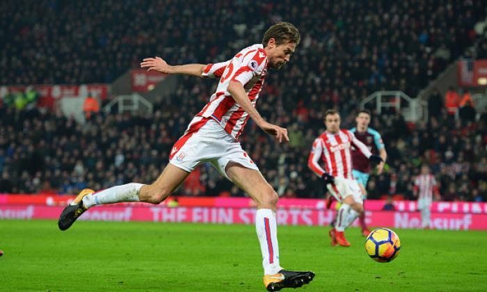 Peter Crouch Announces Retirement From Football