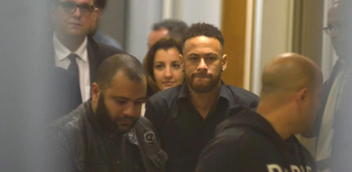 Brazil Police End Neymar Rape Probe Over Lack Of Evidence