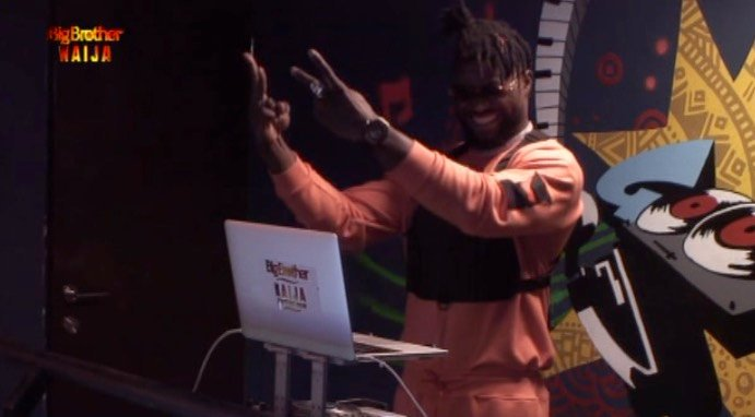 #Bet9jaBBN Housemates Enjoy Another Exciting Saturday With DJ Enimoney